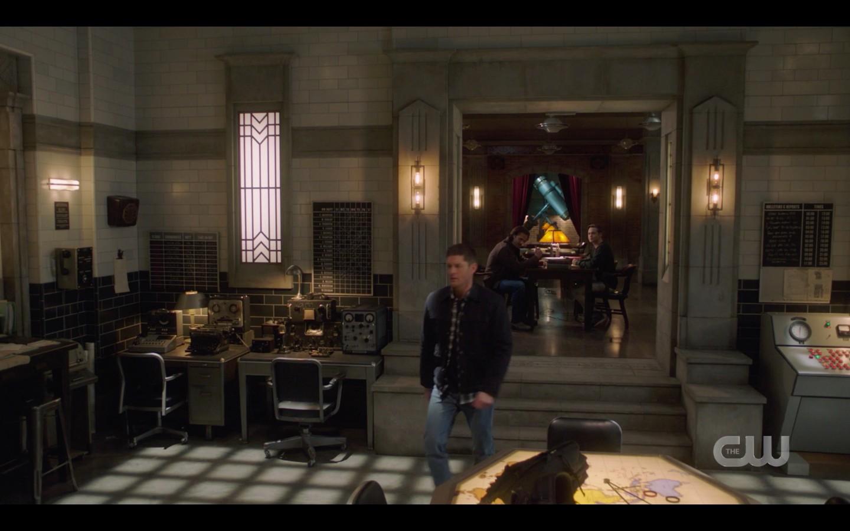 Supernatural Dean gets beer after jack power talk don't go into the woods