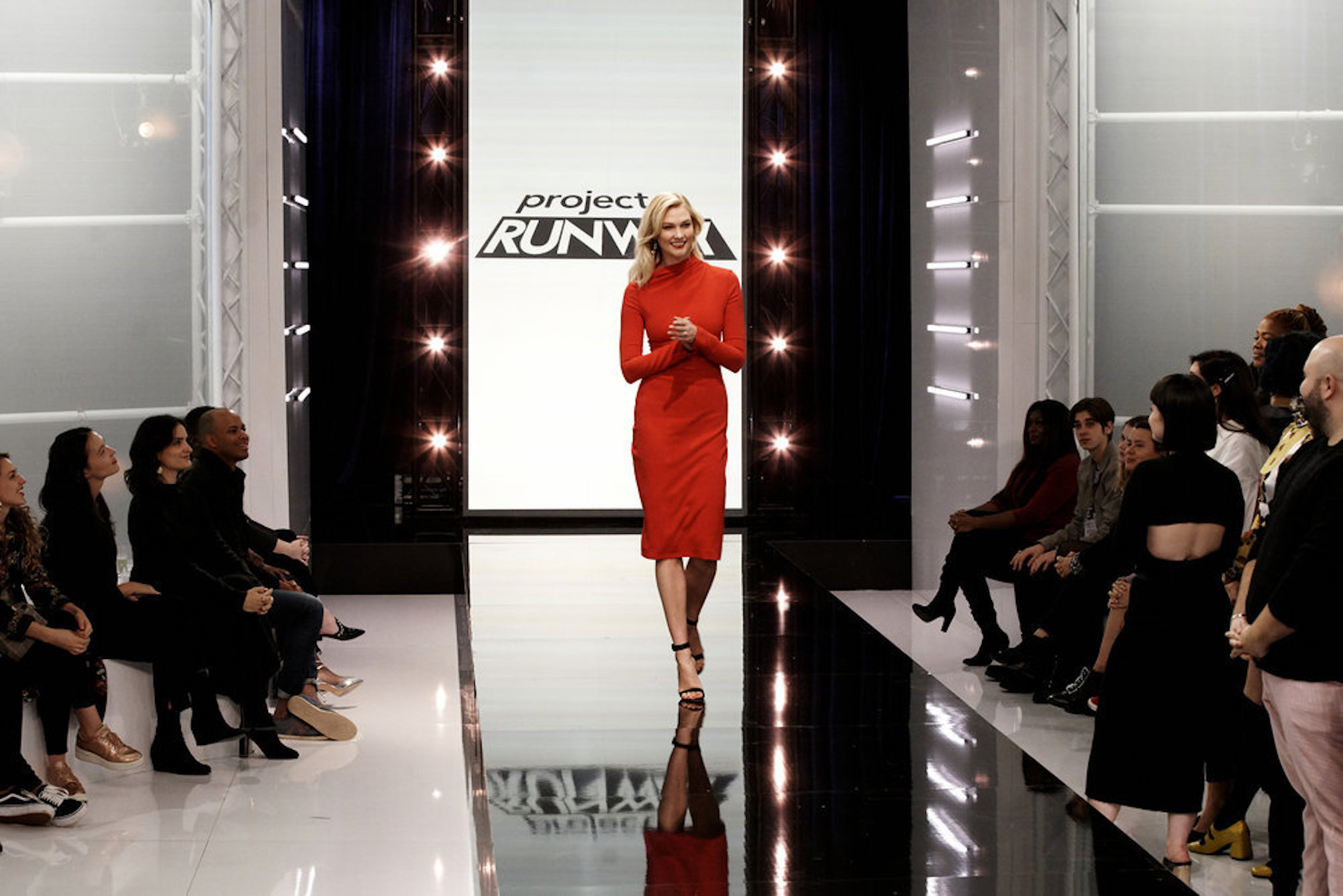 Karlie Kloss replaces Heidi Klum on Bravo's Project Runway.