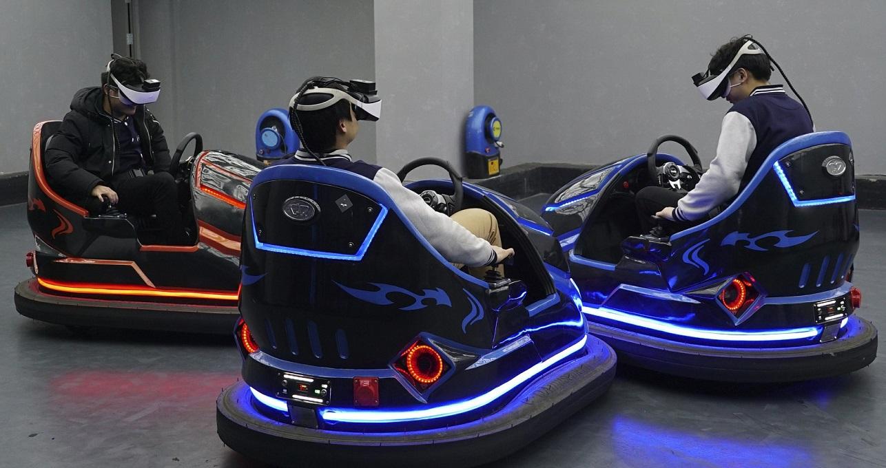 China brings virtual bumper cars in VR theme park in nanchang