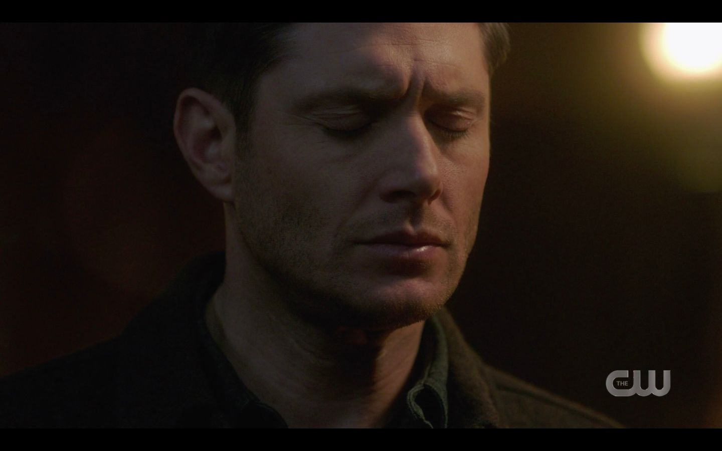 Dean Winchester angry smashes chair over Mary death SPN 14.18