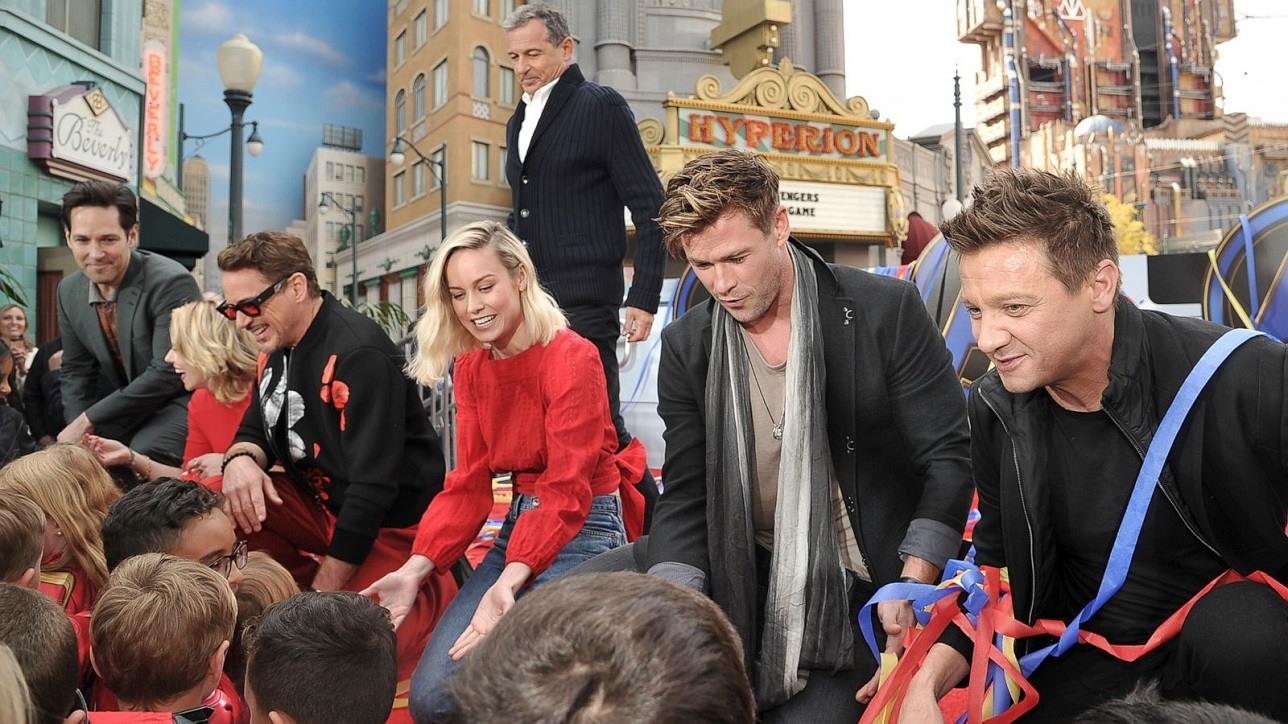 avengers cast donate 5 million for sick children images 2019