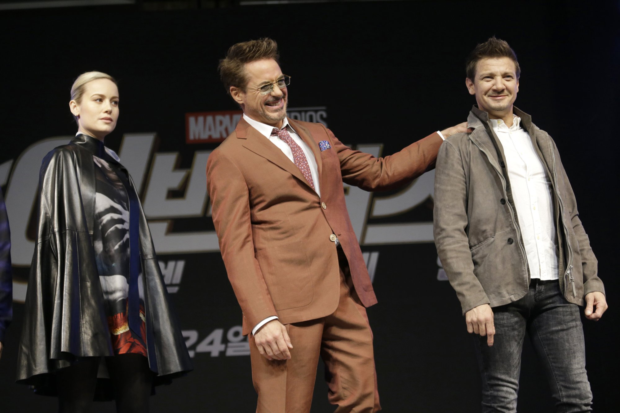 brie laron robert downey jr and jeremy renner at avengers endgame premiere