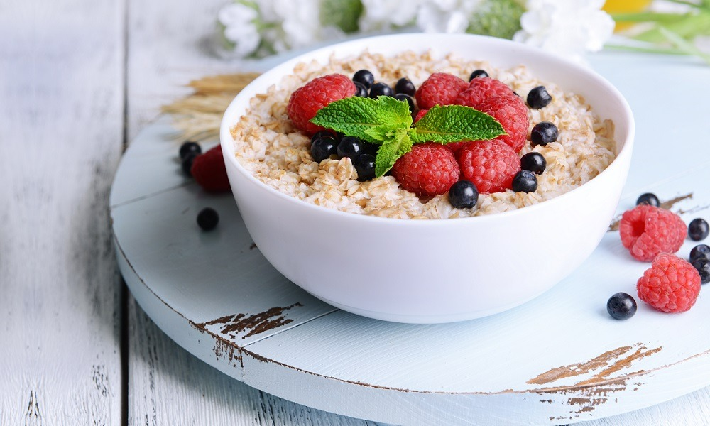 mouth watering steel cut oats with fruit healhty breakfast