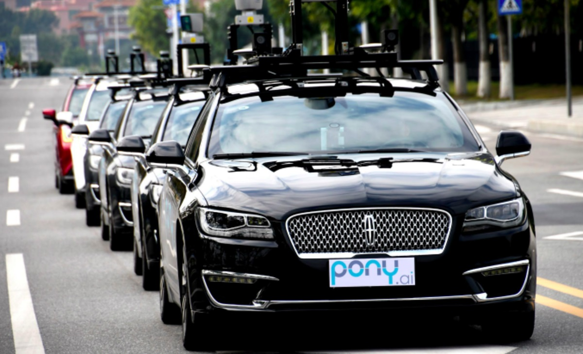 why driverless cars wont be hitting streets 2019 images