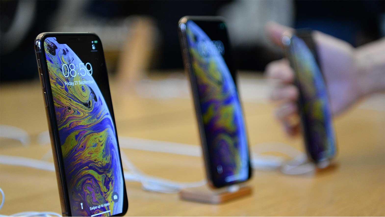 Apple iPhone slump doesn't hurt its 2019 first quarter profits.
