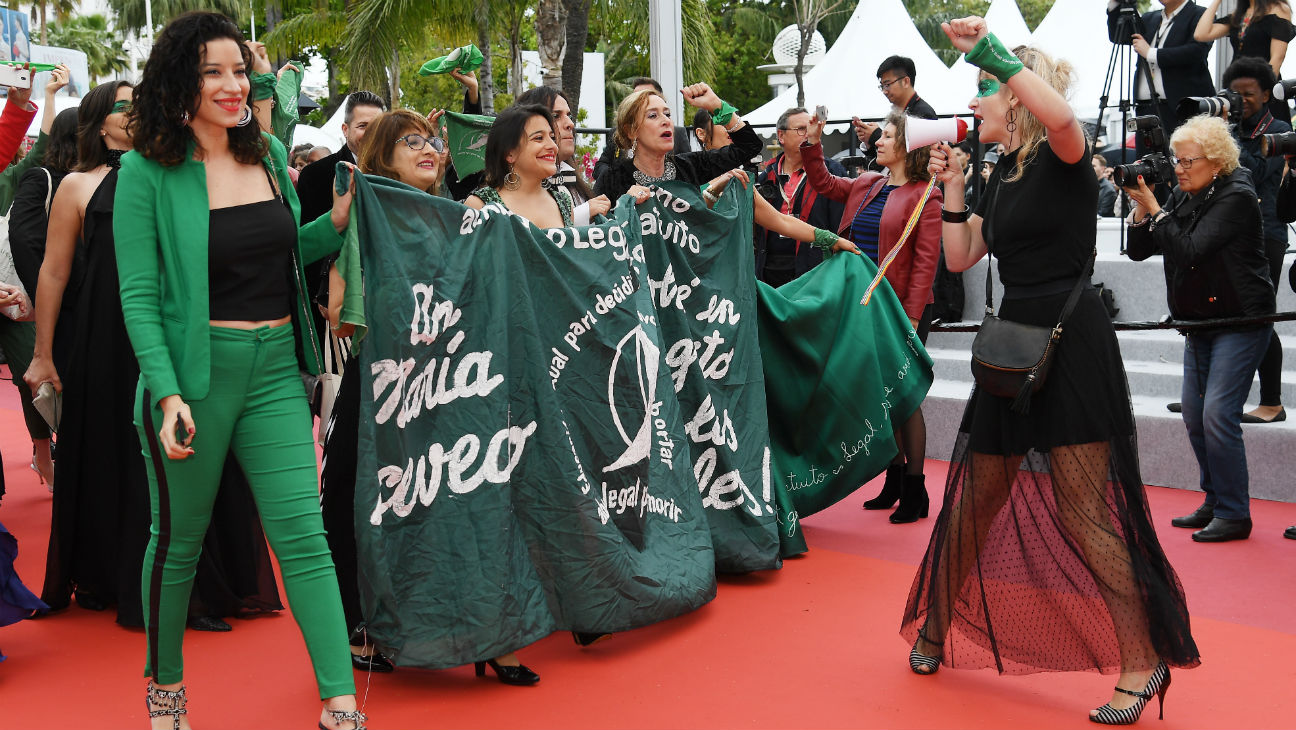 cannes 2019 abortion protest hits red carpet shining restores les miserable grabbed images