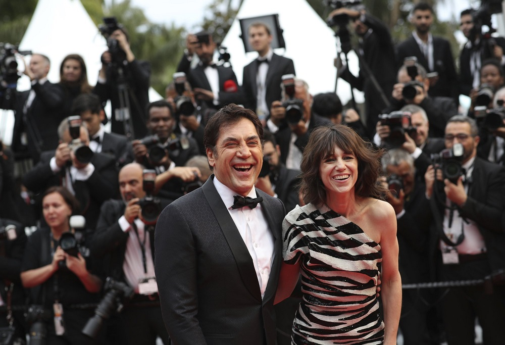 javier bardem with charlotte gainsbourg dead dont die at cannes film festival