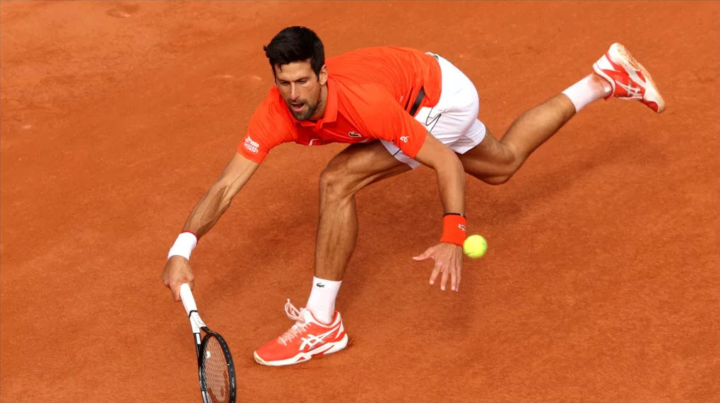novak djokovic beats hubert hurkacz at french open 2019