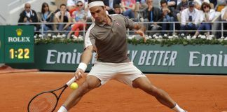 roger federer beats sonego french open 2019 first round