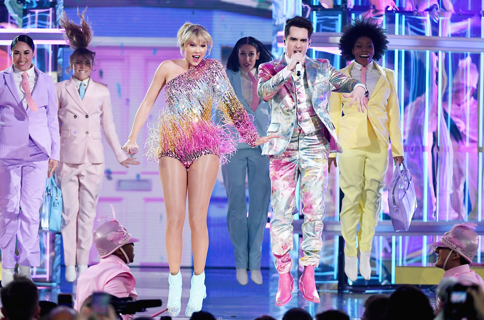 taylor swift with brendon urie me for 2019 billboard music awards