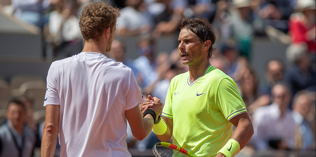 yannick hanfmann giving rafael nadal hand job at french open 2019 images