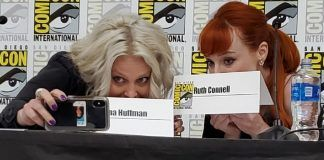 Alaina Huffman with Ruth Connell hiding behind names comic con beyond scream queens