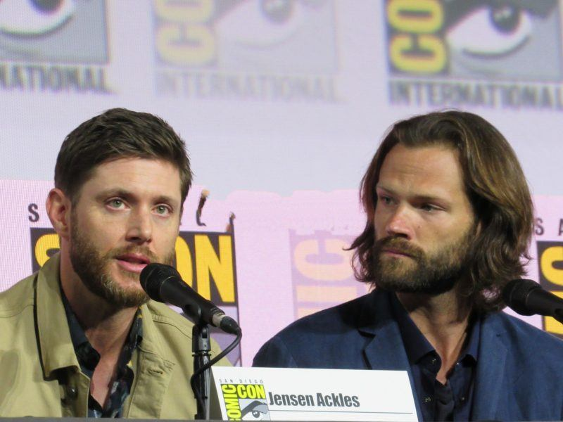 Jensen Ackles talking Supernatural final season at Comic Con with Jared Padalecki