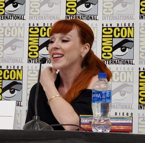 Ruth Connell laughing beyond scream queens comic con 2019
