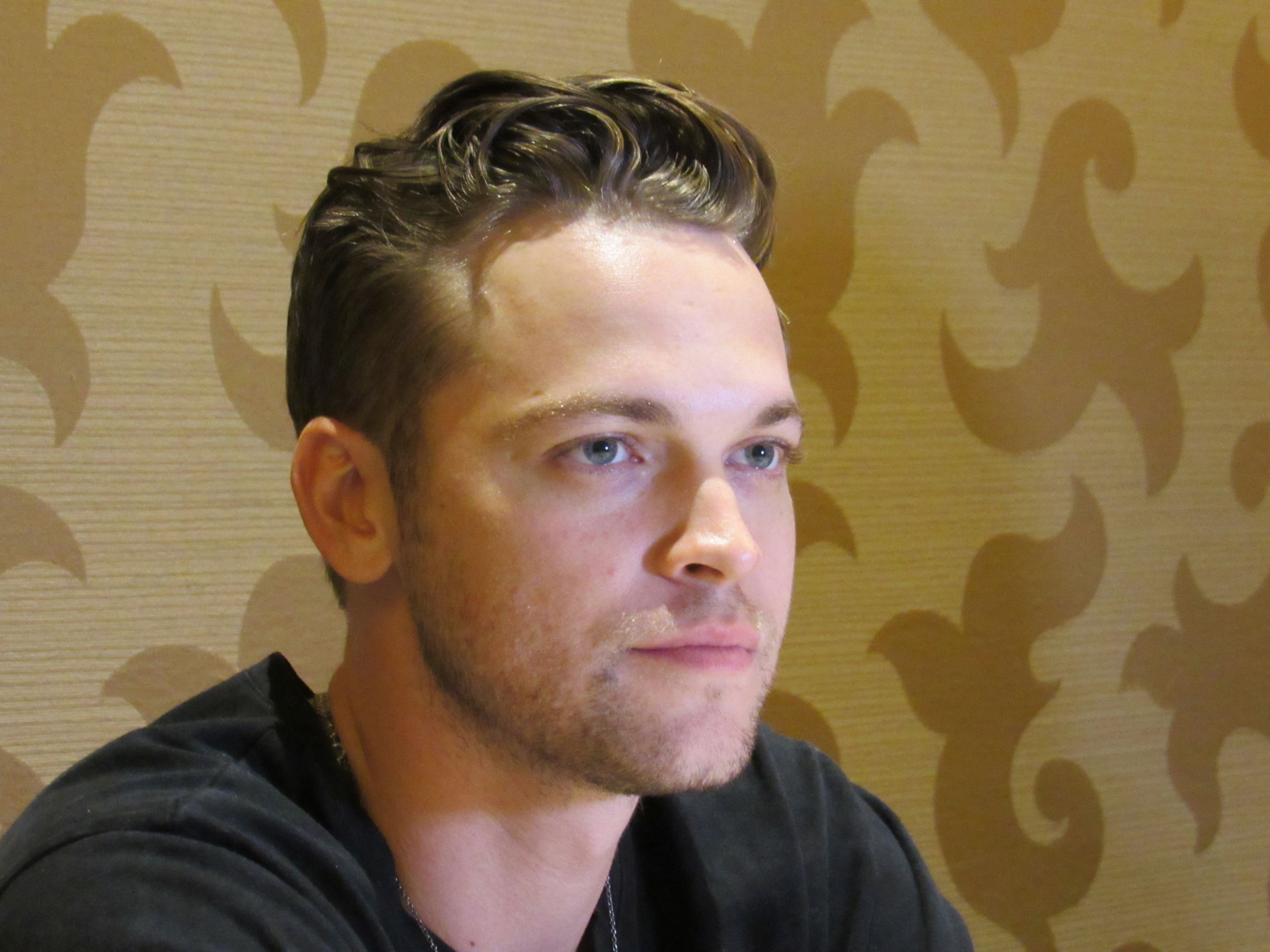 alex calvert mttg interview comic con 19 182