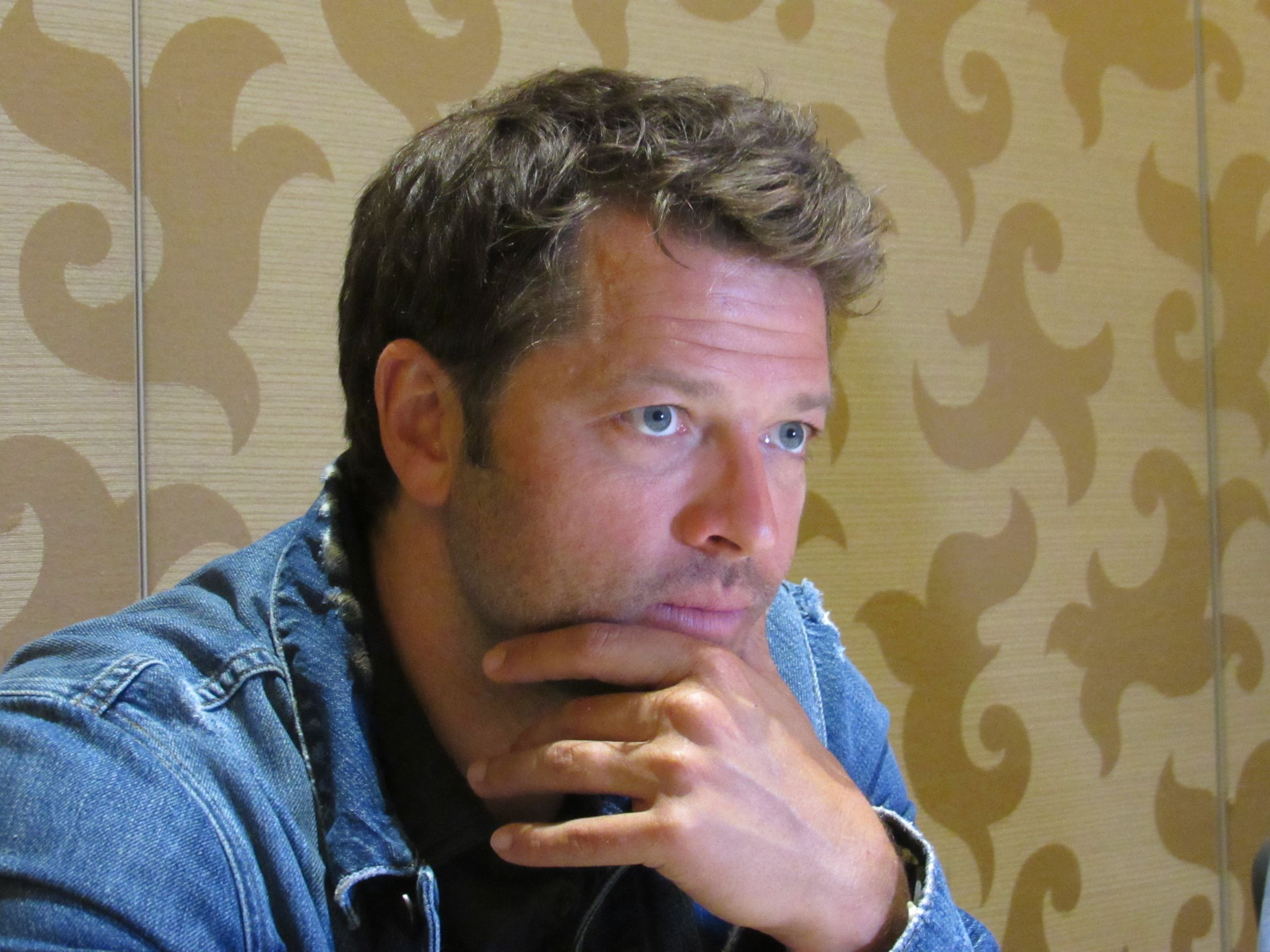 misha collins mttg interview comic con 19 219