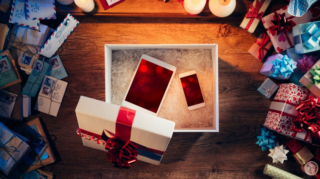 2019 Hottest Holiday Gift Ideas Electronics Movie Tv Tech Geeks News