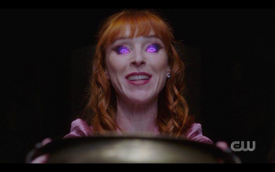 Rowenas eyes go violet with spell SPN 1503