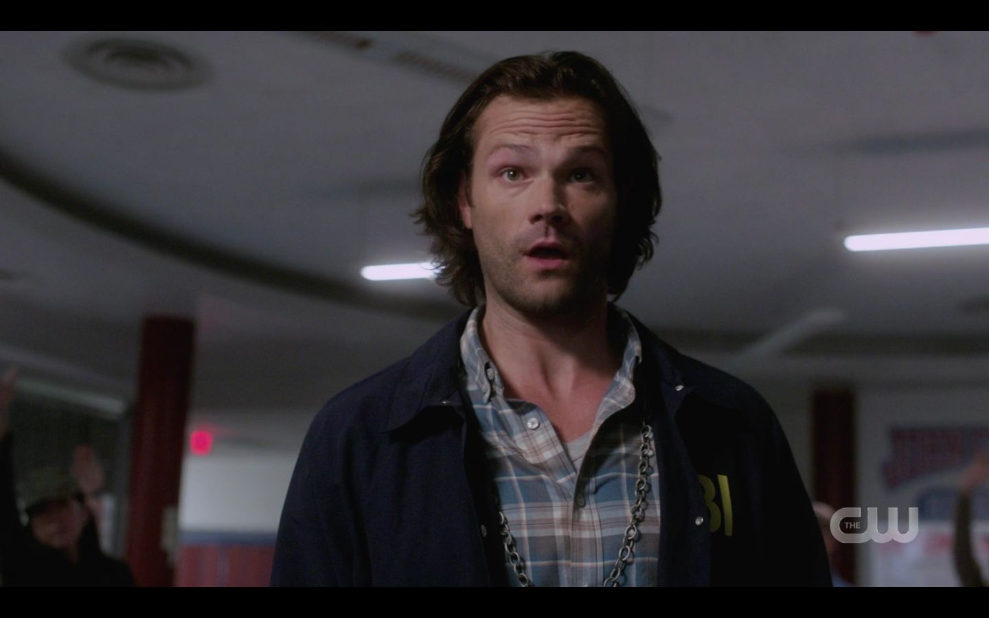 Sam Winchester going badass on angry town people 1502