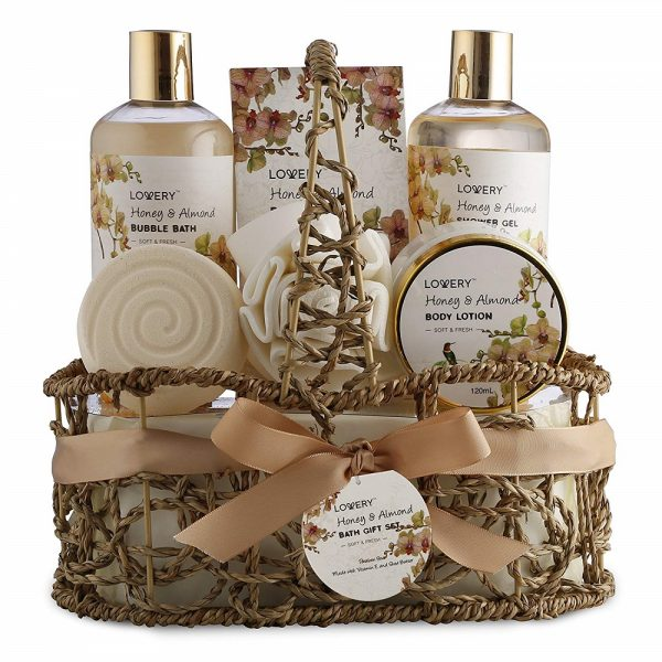 Home Spa Gift Basket Lovery 2019 hottest holiday beauty skincare gift ideas