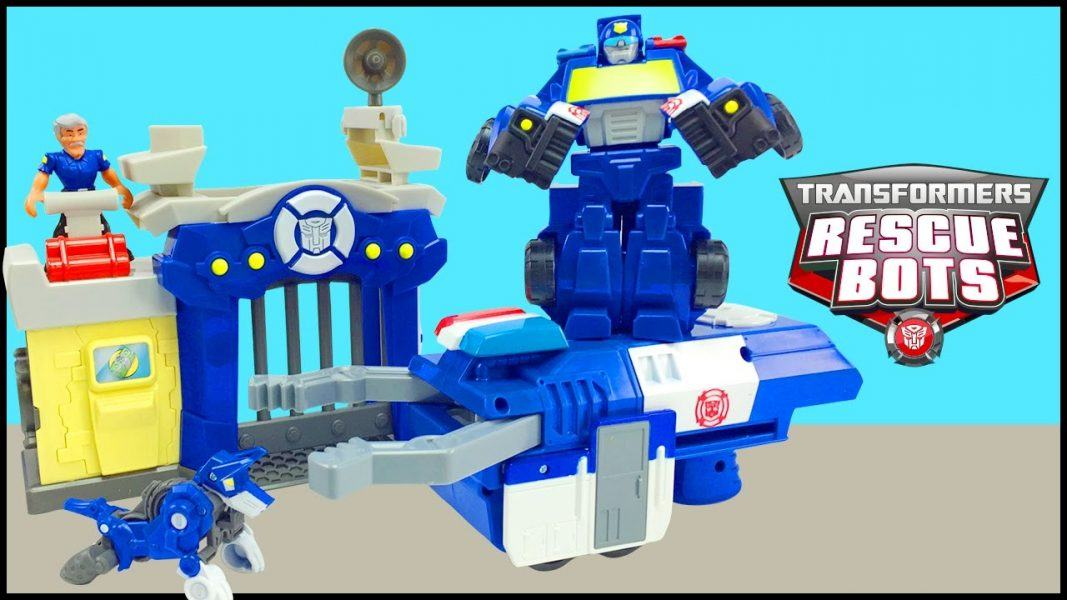 Playskool Heroes Transformers Rescue Bots Griffin Rock Rescue Team 2019 hottest holiday kids toys collectibles