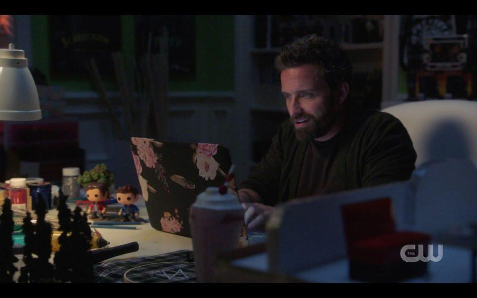 SPN 1504 Chuck typing on Beckys computer ends Atomic Monsters episode