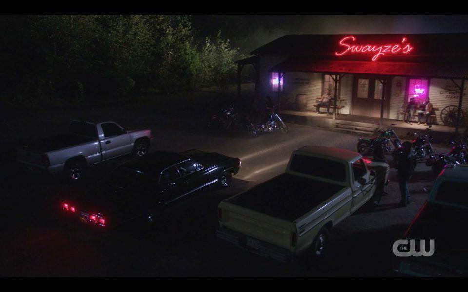 Swayzes Bar in texas for SPN