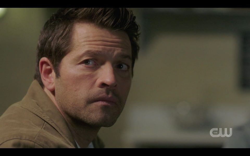 Castiel looks as Sam joins he and Dean Supernatural 1509
