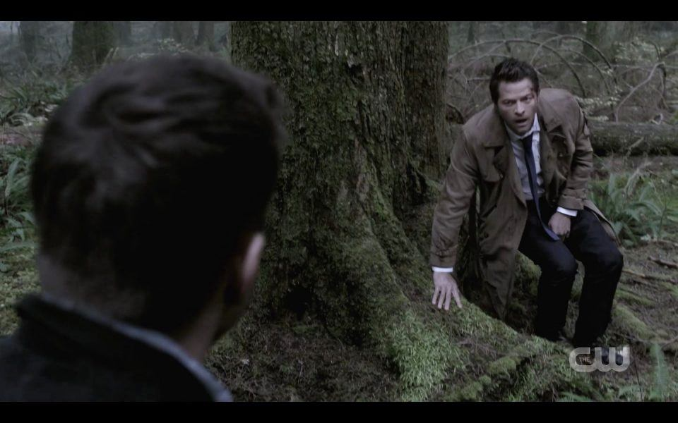 Dean Winchester finds Castiel at portal SPN