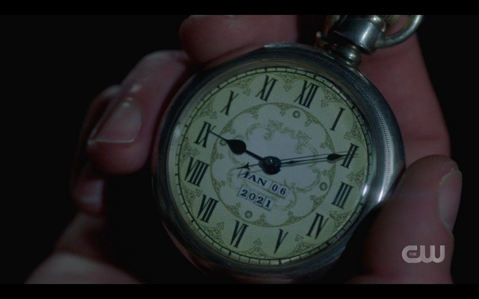 Magic watch in Sam Winchesters hands SPN