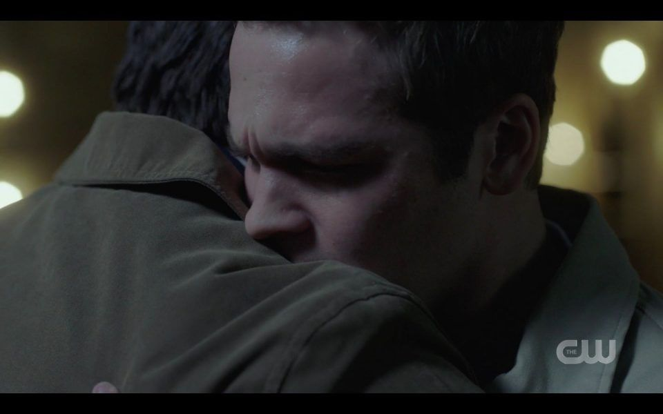 Jack crying in Castiels arms Supernatural 1511