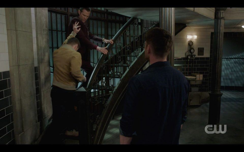 AU Dean Winchester yanking Sams arm hard SPN 1513