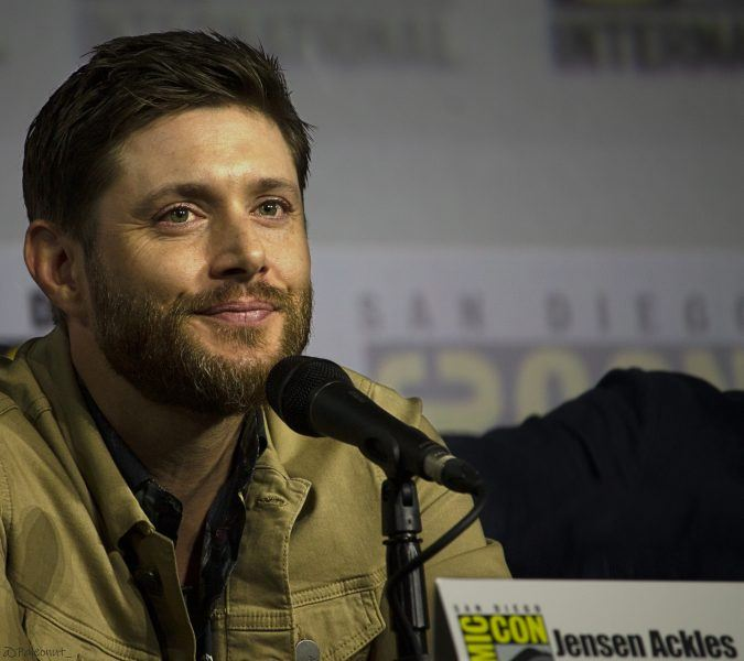 Jensen Ackles Comic Con Movie TV Tech Geeks Peace When You Are Done