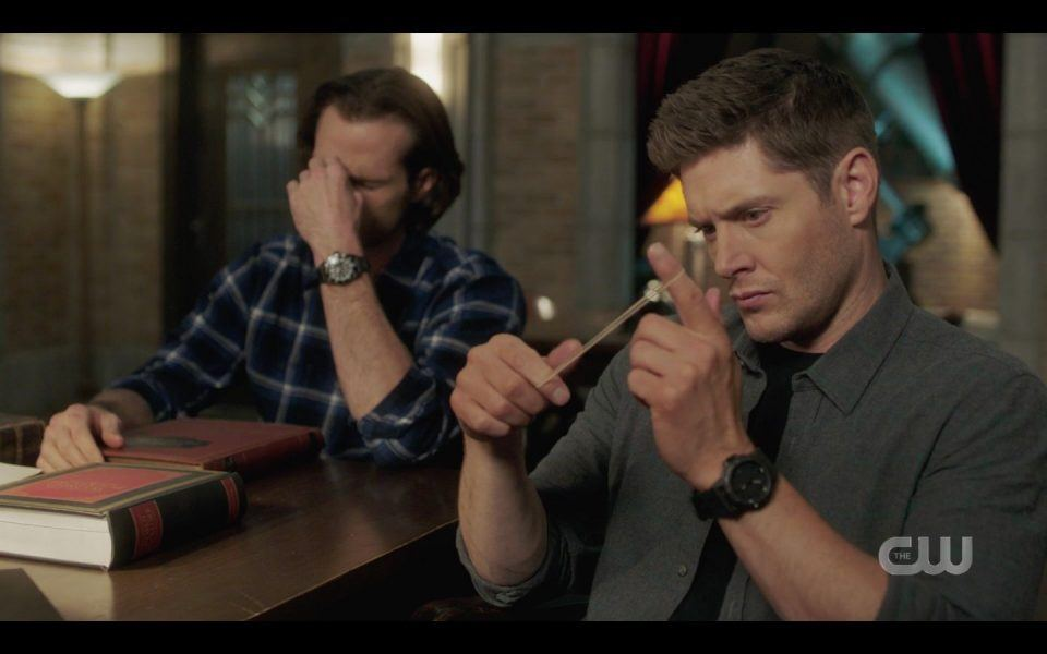 Sam Winchester catching Dean playing with himself SPN 1513