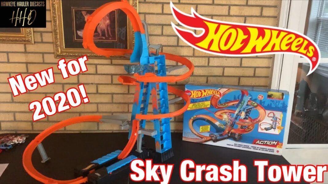 2020 hottest toys for children Hot Wheels Sky Crash Tower Track Set