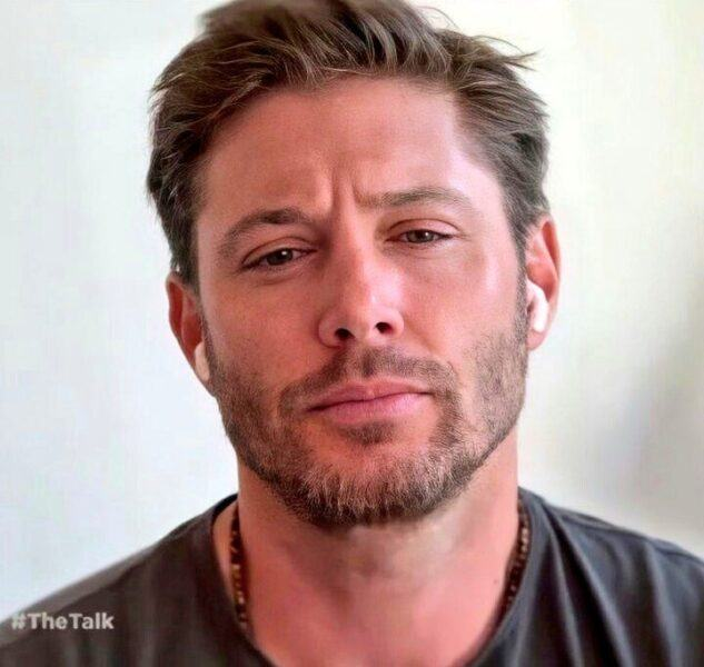 Jensen Ackles frozen Zoom face on The Talk interview 2020