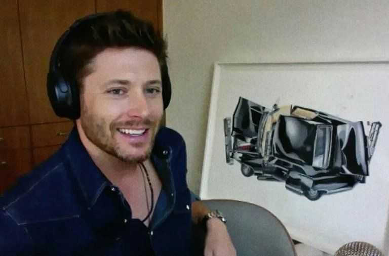 Jensen Ackles with artwork of Baby impala by Alessandro Paglia
