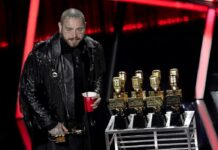 post malone eight billboard awards on cart from kelly clarkson