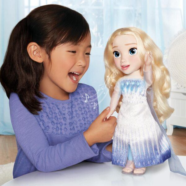 young girl singing with frozen 2 elsa singing doll image hot holiday toys