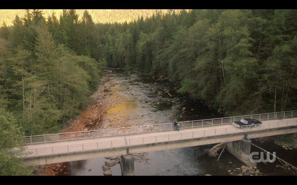 Last SPN scene on bridge with Impala