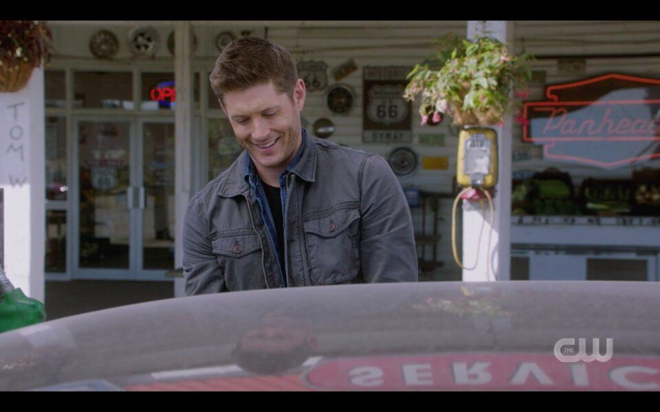 SPN Dean Winchester happy to have Miracle dog in Baby 1519