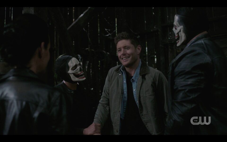SPN Dean Winchester held by clownpires in barn 1520 Carry On