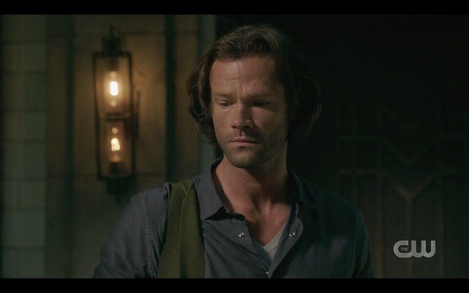 SPN Sam Winchester realizes Dean is dead all alone in buncker 1520