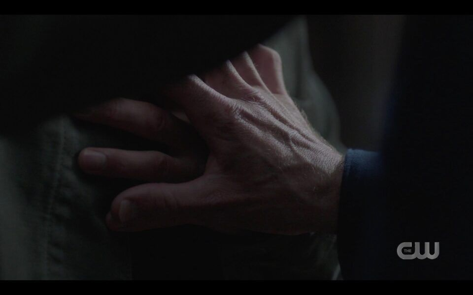 SPN finale SAm Winchester grips Deans dying hands