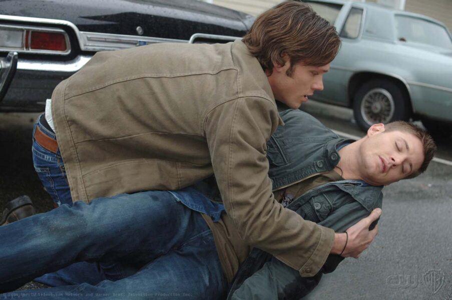 Supernatural Mystery Spot Sam holding Dean Wincheseter