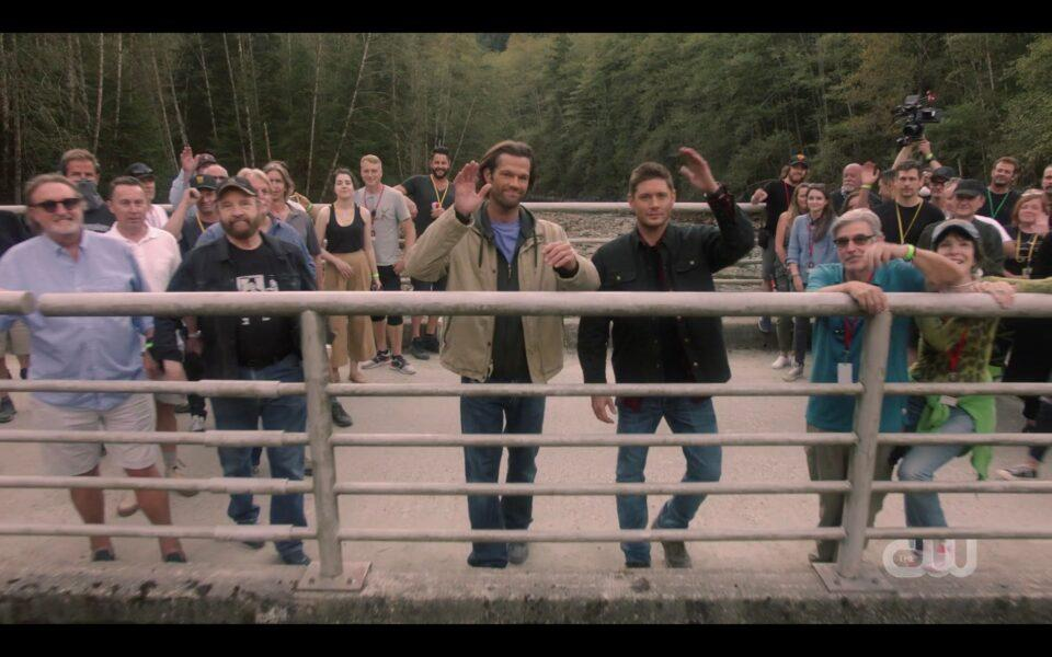 Supernatural very last scene ever on bridge with Jensen Jarod waving
