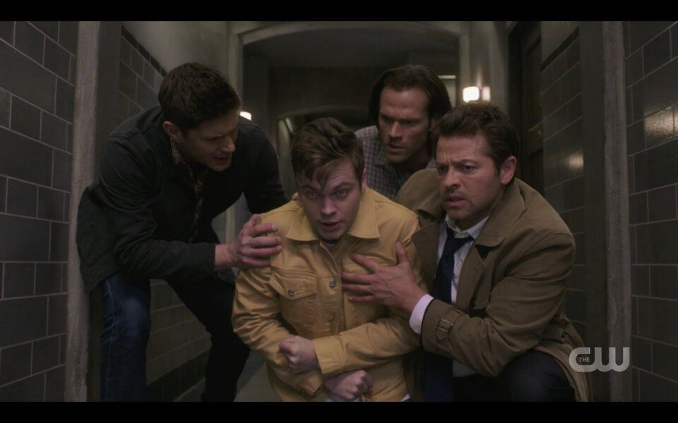 Winchesters and Castiel carry off a collapsed Jack ready to die SPN 1517