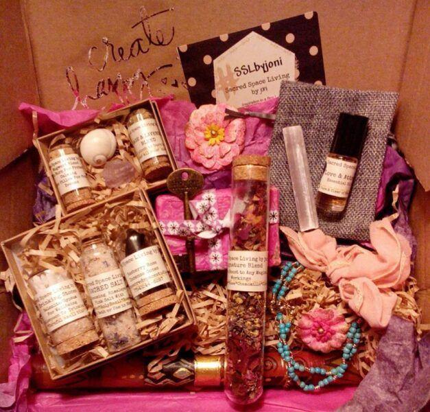 Reiki Subscription Box hot holiday gift ideasa