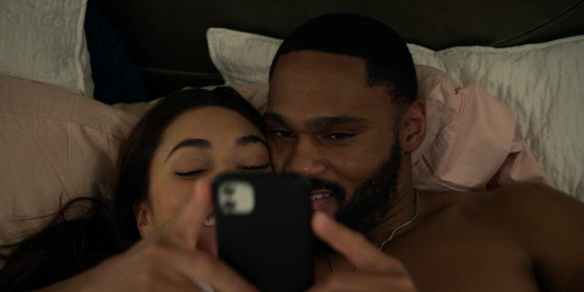 Walker Micki Trey taking sexy selfies in bed