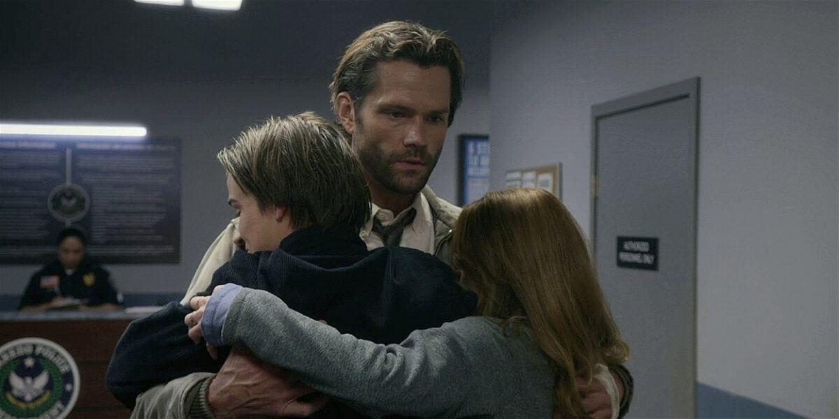 Jared Padalecki Walker hugging Augie and Stella.
